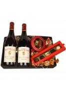 2 fl. fransk rødvin, fyldte luxuschokolader og lakridskonfekt