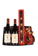 Gavepakke med fransk rødvin, luxuschokolade og lakrids