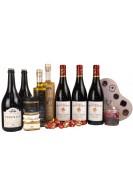 Gavepakke med varer fra de 5 gårde, Svm. Michelsen chokolade og fransk rødvin